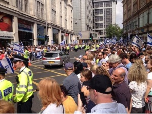 two-thousand-protesters-were-expected-attend-sundays-pro-israel-rally
